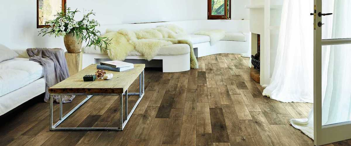 Rustic-looking wood effect tile